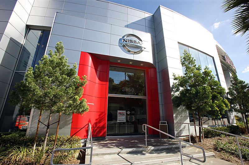 Universal City Nissan Sage Automotive Group 北アメリカ・南アメリカ